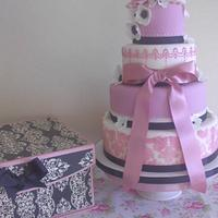 4 Tier pink damask contrast