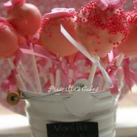 Pink vanilla cakepops