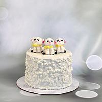 Three little lambs cake