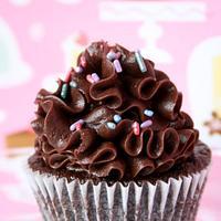 Ruffle Chocolate Squared Cupcake