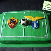Roma Lazio palla al centro!