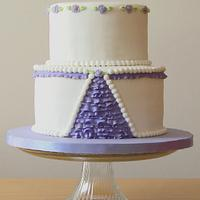 Elegant Wedding Cake in White and Purple