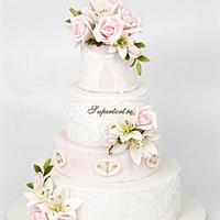 Roses and lily and lace vintage cake