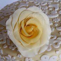 Elegant Cake Lace by Passion Cakes By Raquel