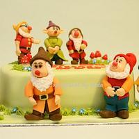 7 dwarfs cake