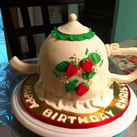 My first Teapot cake!!