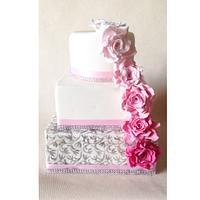 Glitzy pink wedding cake!