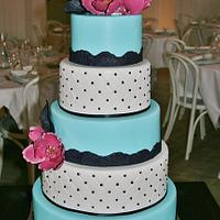 5 tiered cake with fantasy magnolias