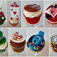 Mary - Alice in Wonderland Cupcakes