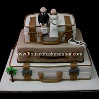 Suitcases wedding cake