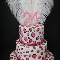 Leopard cake in pink