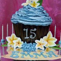 Giant cupcake with Frangipanis