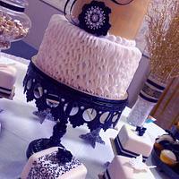 Gold-n-Ruffles Birthday Cake
