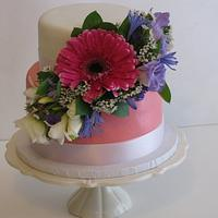 Fresh Flowers spring cake!