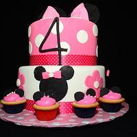 minnie cake and cupcakes