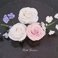 Roses, Gypsophila, Ivy
