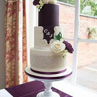 Mulberry & cream wedding cake