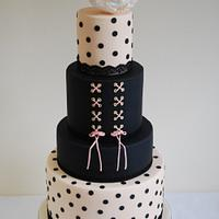 Wedding Cakes Inspired by Fashion