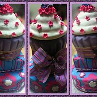 3 tier birthday cake