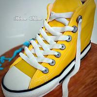 Converse shoe cake