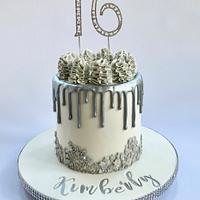 16th Silver Drip Cake