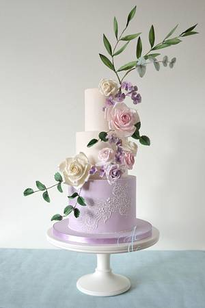 Valerie - Cake by Amanda Earl Cake Design