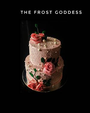 An elegant wedding cake  - Cake by thefrostgoddess