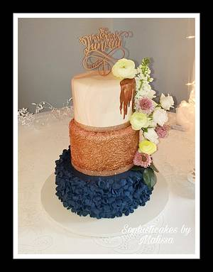 Navy and Rose gold Wedding Cake - Cake by Sophisticakes by Malissa