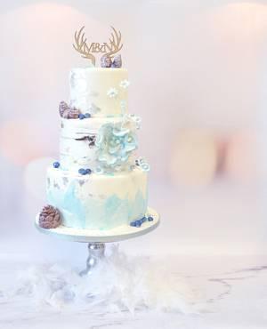 Winter weddingcake - Cake by Judith-JEtaarten