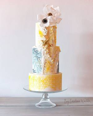 Yellow  wedding cake  - Cake by carolina Wachter