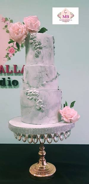 Bas relief grey and rose - Cake by Monica Lilian Batalla