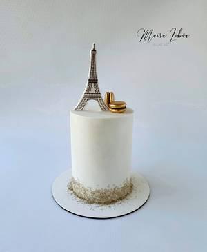 Eiffel tower - Cake by Maira Liboa