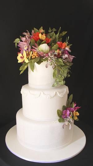 Wedding Cake & exotic flowers - Cake by Carol Pato