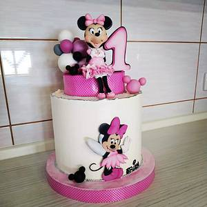 Minnie Mouse cake for my niece - Cake by Tortalie