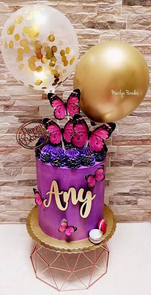 Purple cake - Cake by Marilyn Paredes