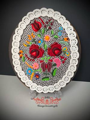 Hungarian embroidery from coloured royal icing - Cake by Maria