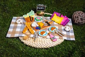 Picnic time  - Cake by Inny Tinny