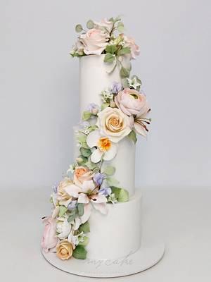 Jardín romántico - Cake by Natalia Casaballe