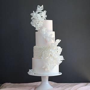 Pearl Flowers Wedding Cake Design - Cake by Anna Astashkina