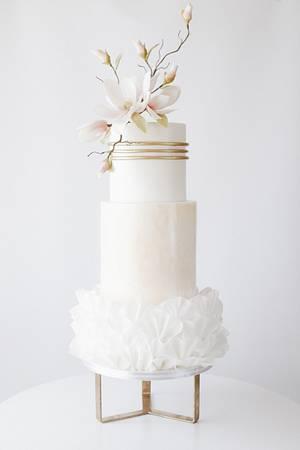 Magnolia wedding cake - Cake by Dmytrii Puga