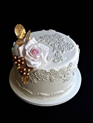 Mini Wedding Cake - Cake by Carol Pato