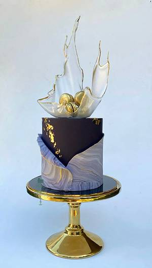Cake in its own style - Cake by Color Drama Cakes