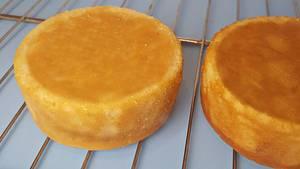 The Best Vanilla Cake Recipe  - Cake by Buttercut_bakery