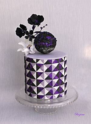 Purple cake - Cake by Zuzana Bezakova
