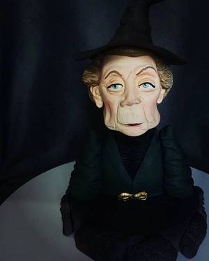 Mcgonagall figure bust - Cake by MayBel's cakes