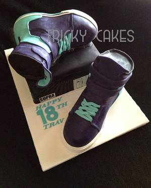 Supra shoes and box - Cake by Trickycakes