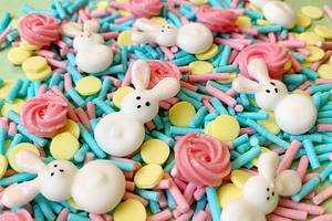 DIY Easter Sprinkles  - Cake by Buttercut_bakery