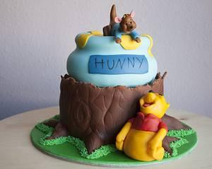 Happy Pooh - Cake by Ana Miranda