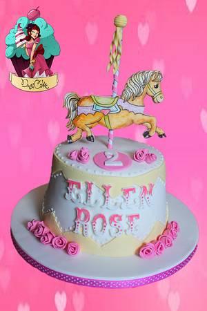 Vintage Merry go round - Cake by DusiCake