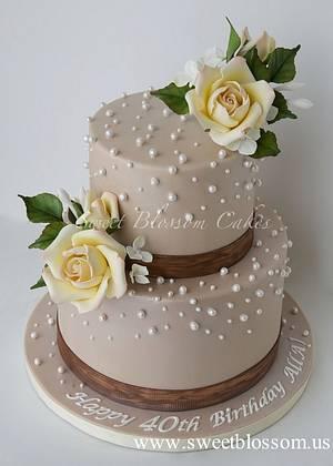 Elegant 40th Birthday cake for a lady. - Cake by Tatyana